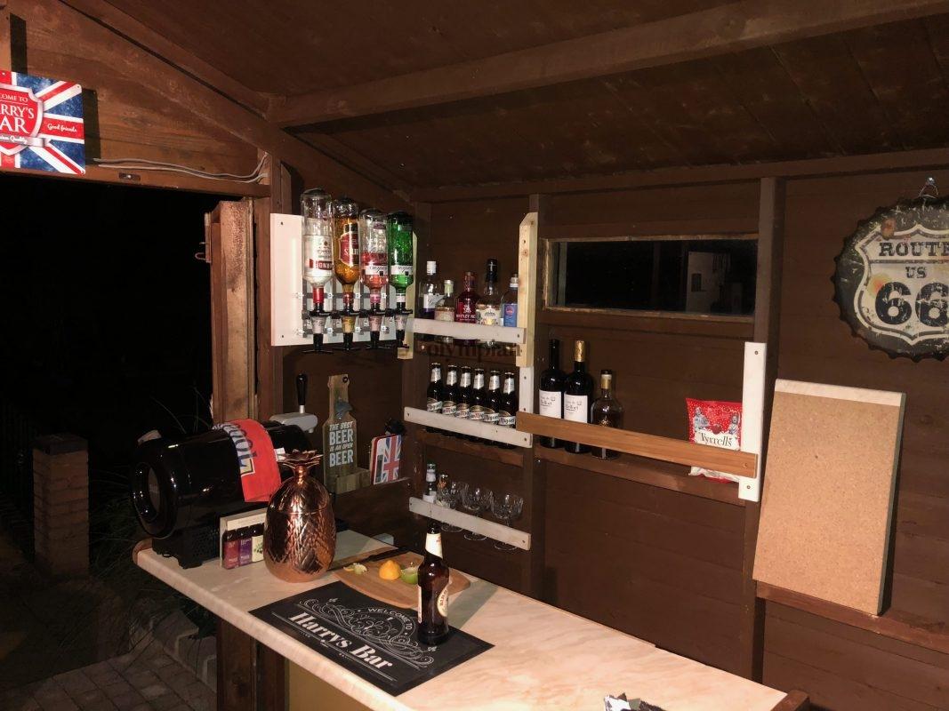 Bar Sheds 39
