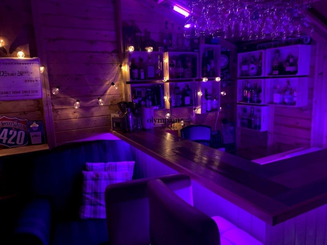 Bar Sheds 44
