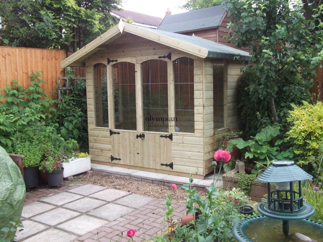 Siddington traditional style summerhouse
