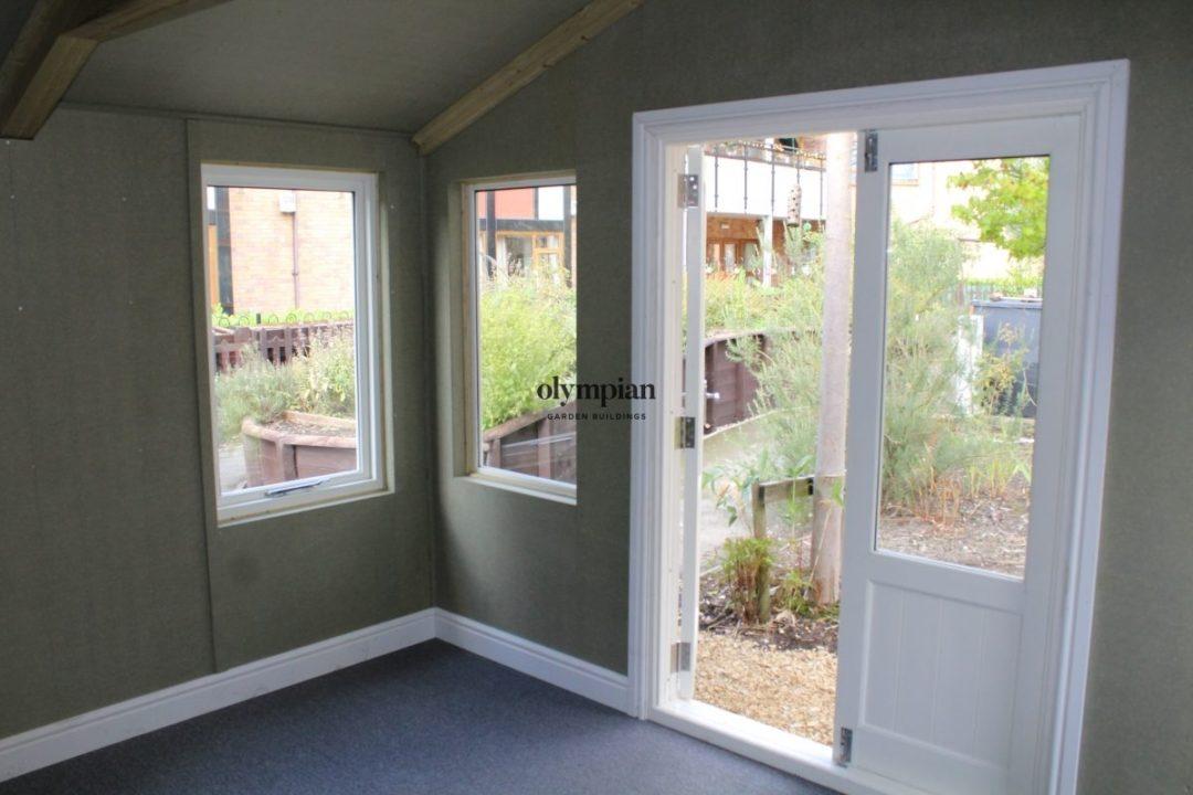 Small Garden Office 10
