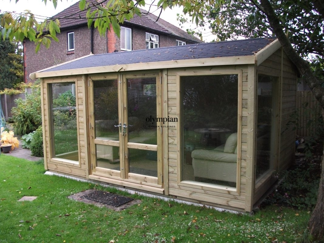 Small Garden Office 17