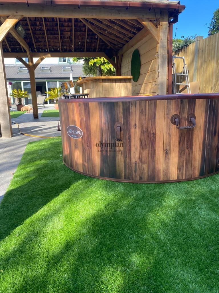 Oak Hot Tub - Lay Z Spa